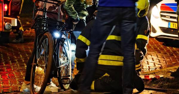 Meisje zit bekneld met voet in fiets bij ongeluk in Rijen, brandweer bevrijdt haar.