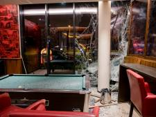 Vrouw weigert bloedproef na crash van BMW tegen Bastion Hotel in Tilburg