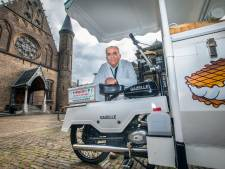 IJscoman Moes krijgt geen ontheffing om met zijn historische ijskarren in de Haagse binnenstad te staan