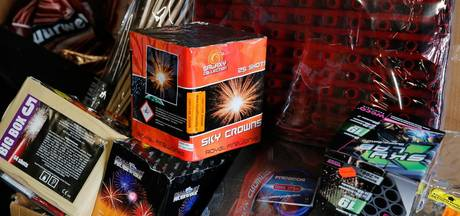 Dertig kilo illegaal vuurwerk bij twee minderjarigen in Geldrop