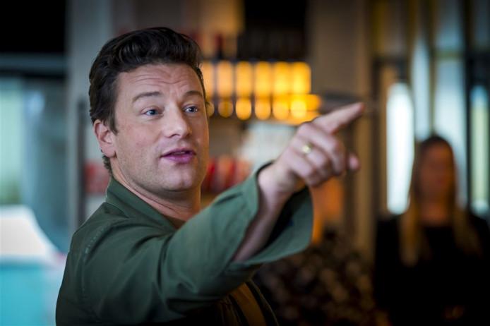 Tv Kok Jamie Oliver Werkte Agressieve Inbreker Tegen De