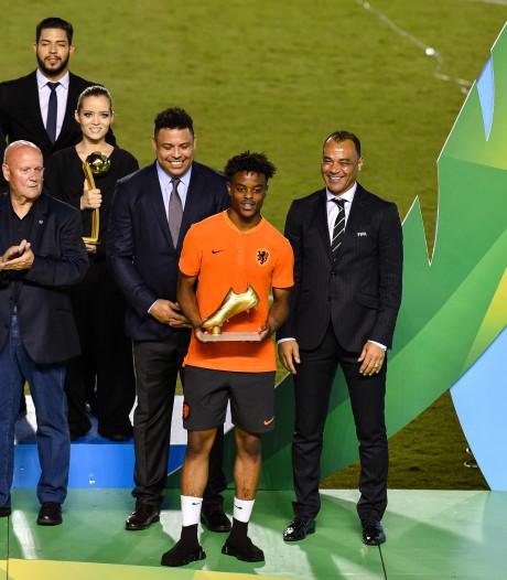 Topscorer Sontje Hansen krijgt Gouden Schoen van Ronaldo