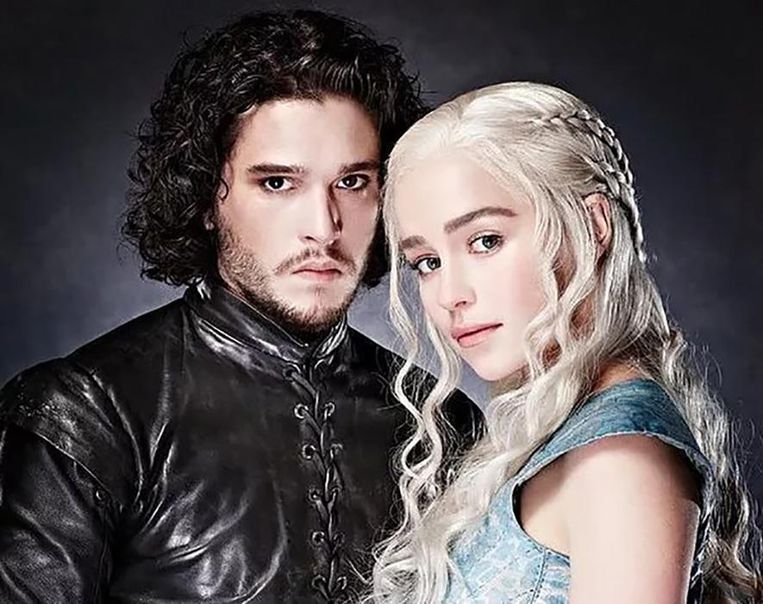 Kit Harington en Emilie Clarke in 'Game of Thrones'.