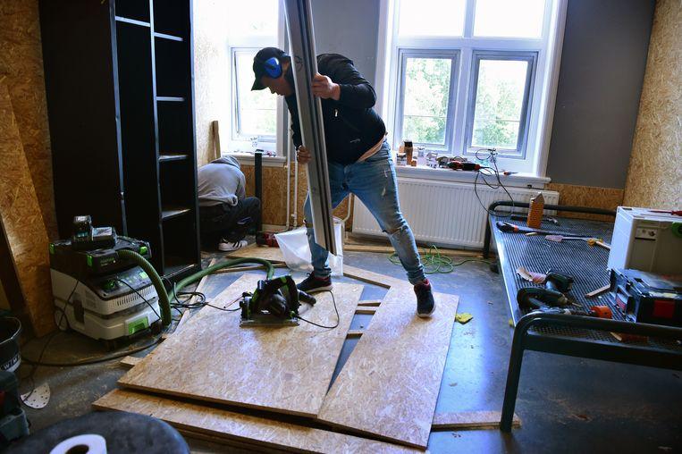 Kamers in Midgaard worden vernieuwd. Beeld Marcel van den Bergh / de Volkskrant