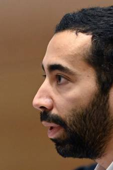 Le secrétaire d'État Mahdi ordonne à un imam turc de quitter le territoire après des propos homophobes