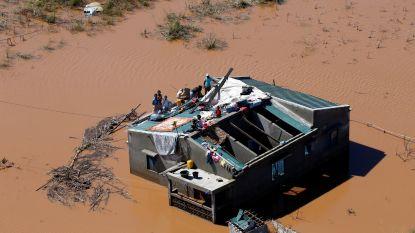Nog 15.000 mensen op daken en in bomen na cycloon in Mozambique