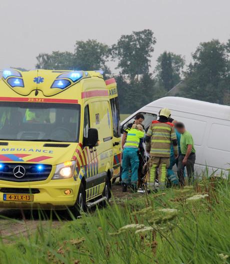 Bestuurder gewond na eenzijdig ongeluk in Nagele