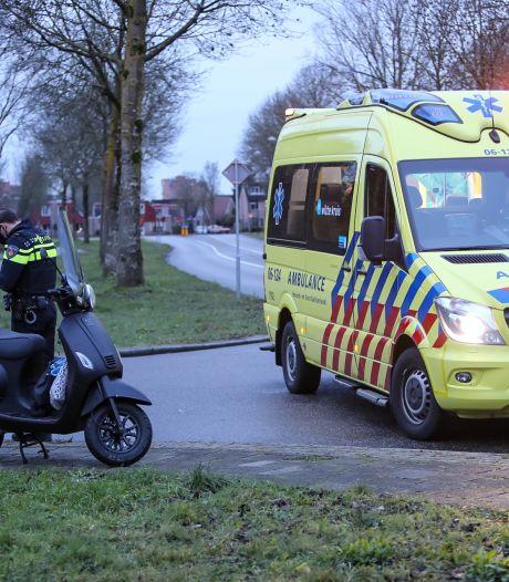 Automobilist ziet scooterrijdster over het hoofd in Apeldoorn en veroorzaakt ongeluk