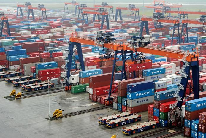 De Rotterdamse haven is één van de belangrijkste motoren van de Nederlandse economie