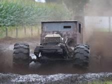 Autorace in modderbad Lemelerveld