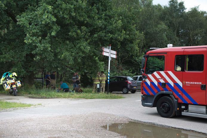 De vrouw raakte gewond toen zij met haar been klem kwam te zitten in het wildrooster.