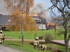 Brand bij woonboerderij Lunteren