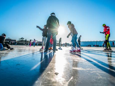 De schaatsen kunnen weer uit het vet: er kan geschaatst worden!