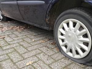 Onbekende saboteert auto's om 'fout parkeren' in Amersfoort
