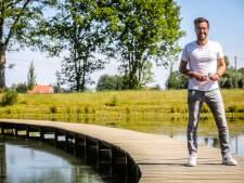 """De warmste vakantieplek van Vlaanderen met onze journalist Bart Huysentruyt: """"Domein Groenhove, zelfs als het erg warm is, kunnen kinderen er in de koelte spelen"""""""