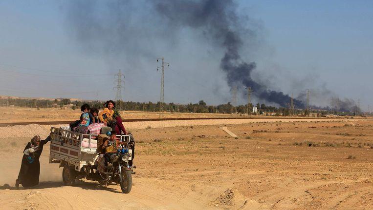 Irakezen op de vlucht voor IS. Beeld ap