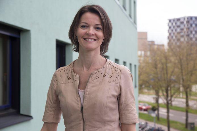 Patricia Bruijning, epidemioloog in het UMC Utrecht, maakt zich zorgen om de corona-ontwikkeling van de laatste weken.